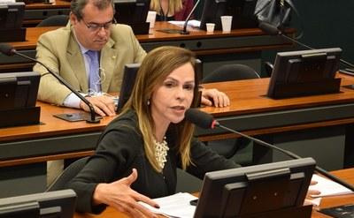 Deputada Dorinha comemora liberação de novos recursos para IFTO e UFT