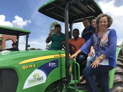 Josi Nunes garante Kit de Tratores a 14 municípios do Tocantins
