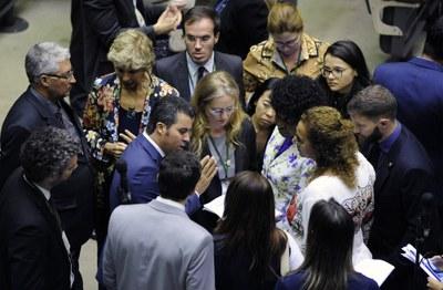 Câmara aprova aumento de pena para feminicídio