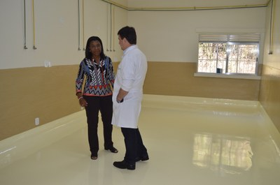 Deputada Rosangela Gomes visita as obras do Hospital da Posse