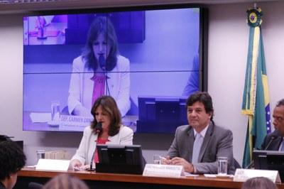 Lançamento Frente Parlamentar Saude, Carmen Zanotto