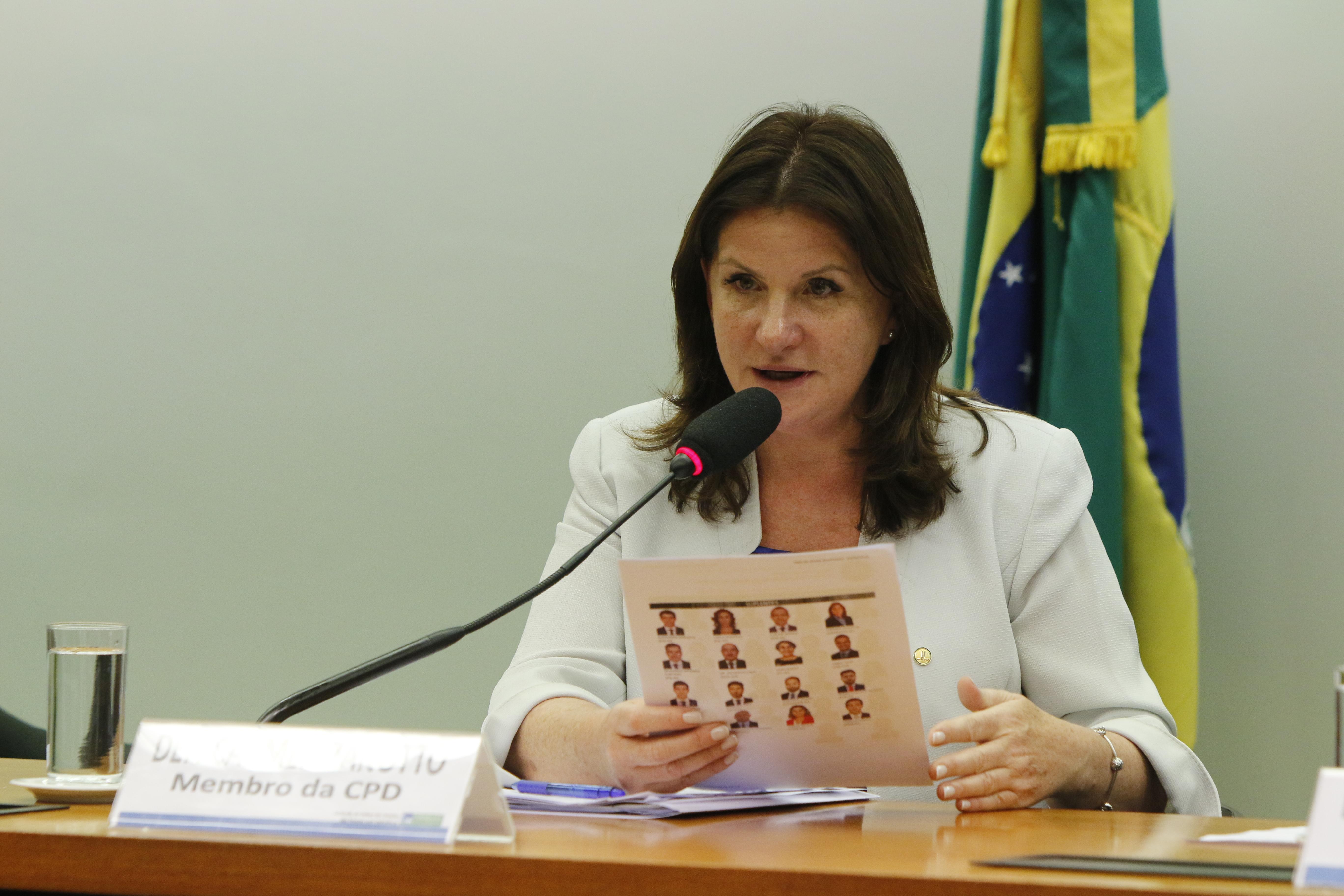 Carmen Zanotto diz que revisão da tabela poderá melhorar atendimento no SUS