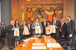 Rodrigo Maia criará comissão do Sistema Único de Assistência Social