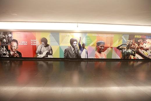 (Re)existir no Brasil: Trajetórias Negras Brasileiras