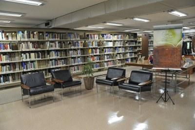 Registro fotográfico do primeiro encontro do Clube de Leitura, realizado no dia 12 de janeiro na Biblioteca da Câmara dos Deputados. Foto: Cléia Viana / Acervo Câmara dos Deputados.