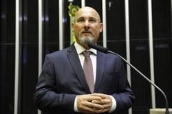 Agricultura aprova isenção de adicional ao frete no transporte aquaviário para adubo.