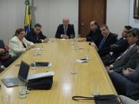 CCTCI discute com Paulo Bernardo regulamentação da radiofrequência dos 700 MHz