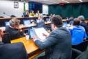 Parlamentares vão discutir vínculo empregatício de motoristas a aplicativos