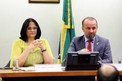 """""""Isso é inadmissível"""": afirma o presidente da CDHM, Helder Salomão (PT/ES) sobre proposta de Damares Alves para rever Plano Nacional de Direitos Humanos"""