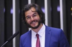 CDHM debate projetos de lei sobre direitos e proteção jurídica para população LGBTI