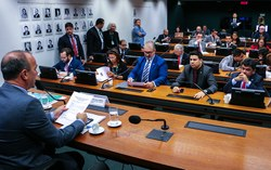 CDHM ouvirá Glenn Greenwald em audiência pública