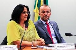 CDHM reúne sociedade civil e ministra Damares Alves para discutir situação de conselhos e comitês do Executivo