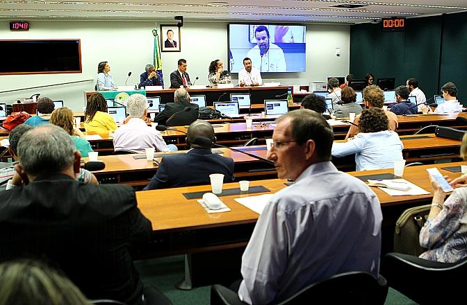 Seminário pelo Direito à Alimentação propõe articulação institucional para barrar retrocessos nas políticas de combate à fome