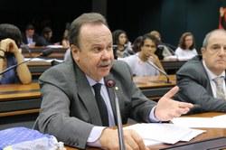 Entidades criticam projeto que regulamenta a profissão de Pedagogo