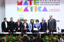 Os desafios da Matemática em sala de aula e da formação dos professores foram debatidos em seminário internacional