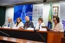 Palestra sobre o tema: Alfabetização e Ensino Fundamental no Brasil