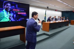 Avanços e contrastes marcam audiência pública com confederações olímpicas