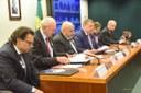 Deputados e atletas reclamam de paralisia na Secretaria Especial do Esporte