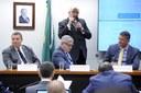 Osmar Terra garante a deputados que fim do Ministério do Esporte não trará retrocesso