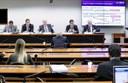 Comissão debate a utilização de recursos do BNDES para financiamento no exterior