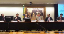 CFT promove debate sobre contrabando e pirataria