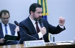 Ministro do Planejamento participa de Audiência Pública com a CFT