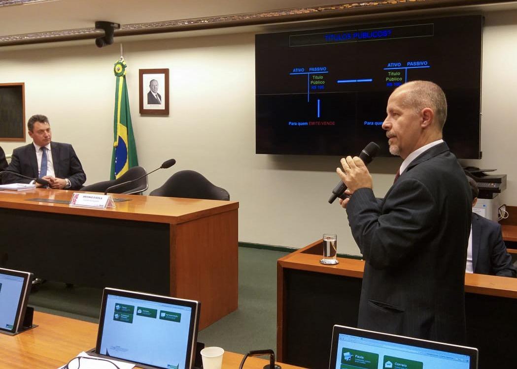 Pagamentos de honorários periciais, Acordo internacional de Cooperação entre São Vicente e Granadinas e o Brasil e Fundo Social para a Ciência e Tecnologia foram objetos de proposições aprovadas pela CFT