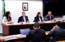 Presidente da CVM diz que a instituição investiga 12 processos contra a Petrobras