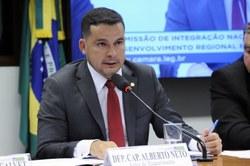 Comissão rejeita projeto que limita desmatamento da Floresta Amazônica a 30% da área