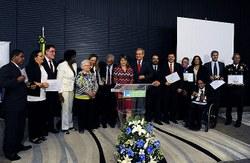 Comissão premia entidades que tiveram atuação legislativa relevante em 2016