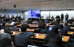 Comissão de Meio Ambiente ouve ministro Ricardo Salles sobre desmatamento na Amazônia