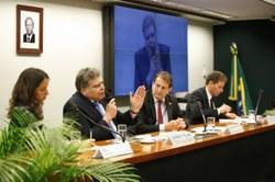 Deputados pedem cumprimento das metas de redução de gases do efeito estufa