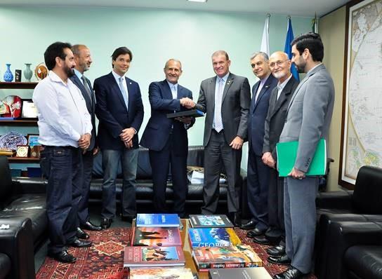 Evandro Roman recebe parlamentar iraniano na Câmara
