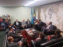 Parlamentares brasileiros vão intensificar relações com Moçambique