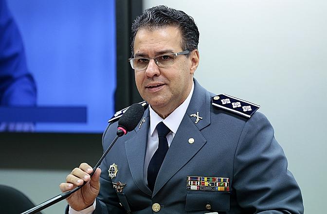 A Comissão de Segurança Pública e Combate ao Crime Organizado aprova, em reunião, seis projetos de lei