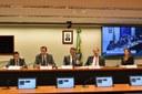 Comissão de Turismo realiza Audiência Pública para discutir concessões dos aeroportos de Recife e de Maceió.