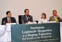 Debatedores pedem ampliação do controle do doping             esportivo