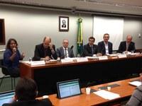 Deputados começam debates para criar política de esporte