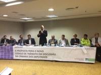 Seminário debate, em São Paulo, alterações no Código de Trânsito