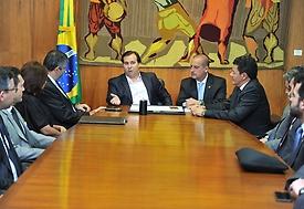 Projeto de combate à corrupção terá tramitação mais rápida na Câmara