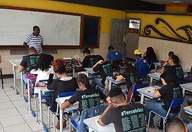 Reforma do ensino médio institui política de fomento de educação em tempo integral