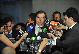 Rodrigo Maia marca votação da reforma da Previdência para junho
