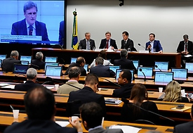 Comissão aprova norma para emenda não pressionar teto dos gastos públicos