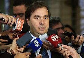 Rodrigo Maia marca votação da reforma da Previdência para 19 de fevereiro