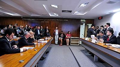 Audiência pública da Comissão Mista sobre a MP 665/14, que altera regras para a concessão do seguro-desemprego