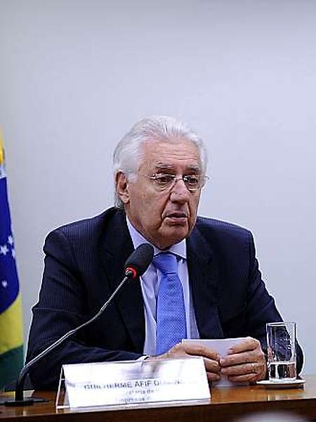 Audiência Pública e Reunião Ordinária. (E) Ministro da Secretaria da Micro e Pequena Empresas do Brasil, Guilherme Afif
