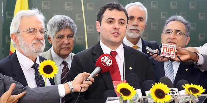 Dep. Glauber Braga (RJ) anuncia sua filiação ao Partido Socialismo e Liberdade (PSOL)