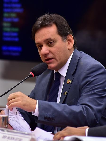 Reunião Deliberativa Discussão e Votação do Parecer à PEC 215/00. Dep. Nilson Leitão (PSDB-MT)