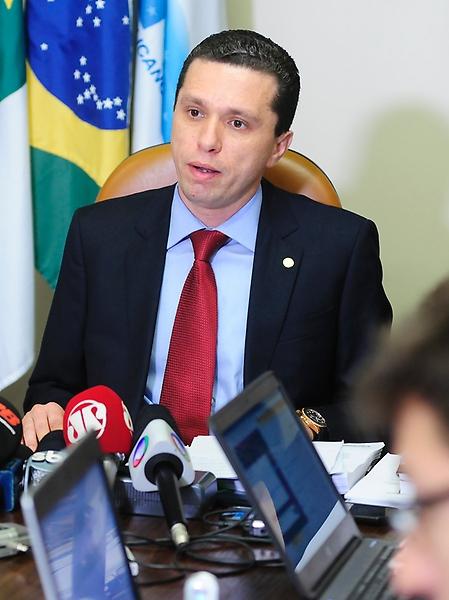 Coletiva de imprensa do dep. Fausto Pinato (PRB-SP) sobre processo relativo ao presidente da Câmara, dep. Eduardo Cunha (PMDB-RJ) no Conselho de Ética