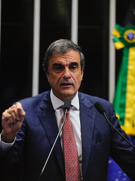 Política - Impeachment  - Votação admissibilidade no Plenário do Senado 12.05.16 - Advogado-geral da União, José Eduardo Cardozo